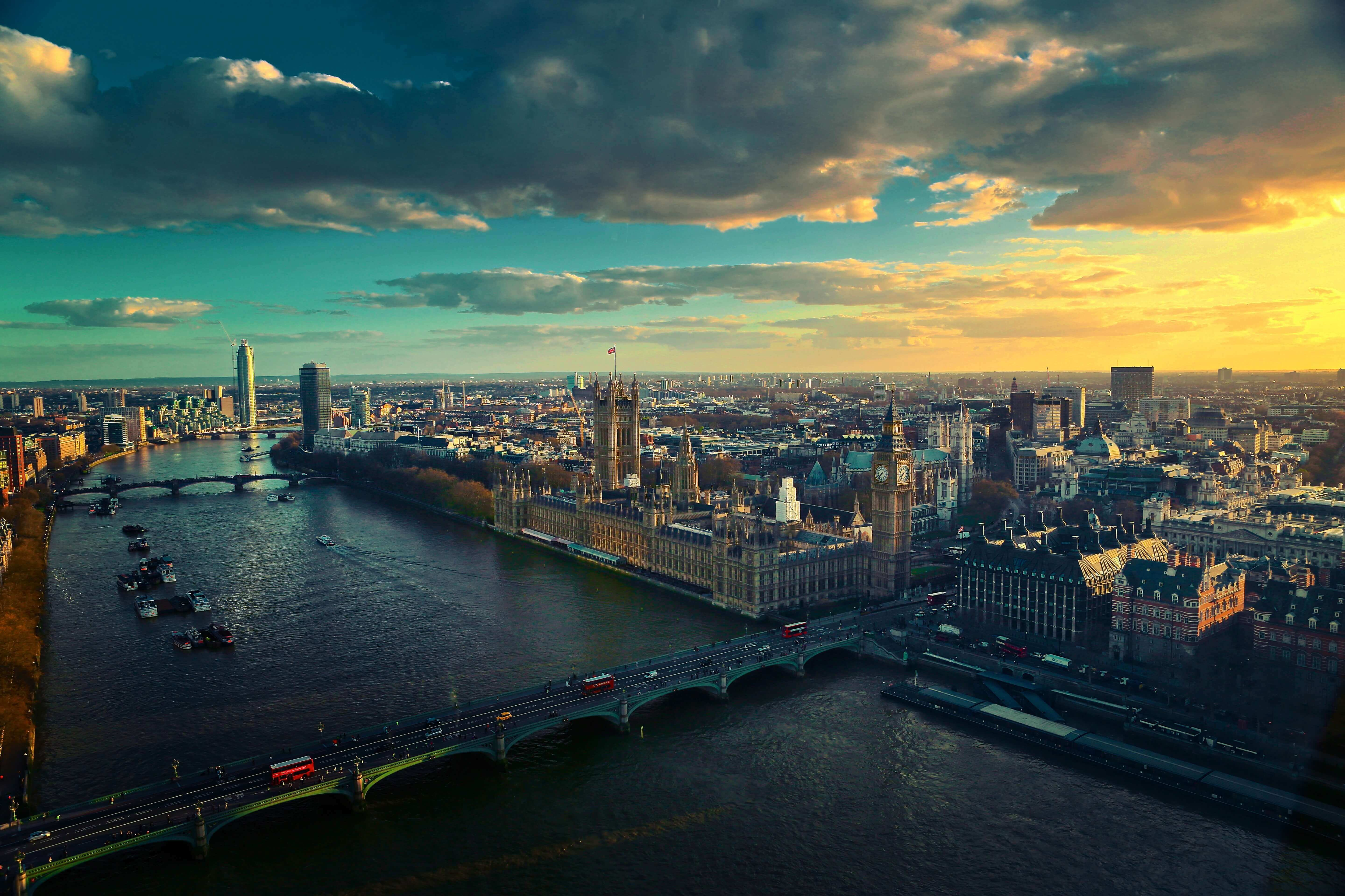 cityscape of London skyline