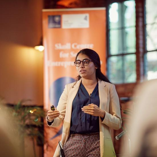 Oxford MBA Puja Balachander - Co-founder of Devie (audience choice winner for SVA 2019)